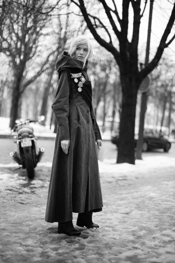 street_style_en_la_alta_costura_de_paris_primavera_verano_2013_544841839_800x1200